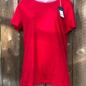 NWT Universal Thread red tee